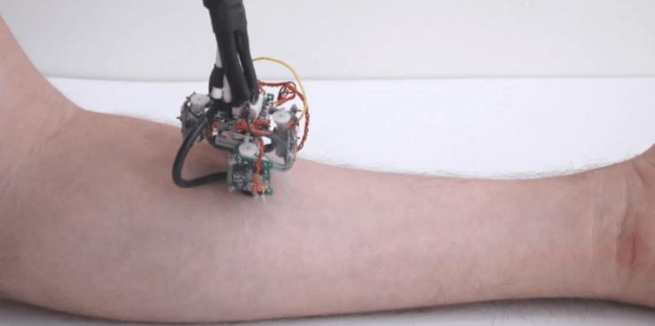 В MIT создали передвигающегося по телу робота-диагноста