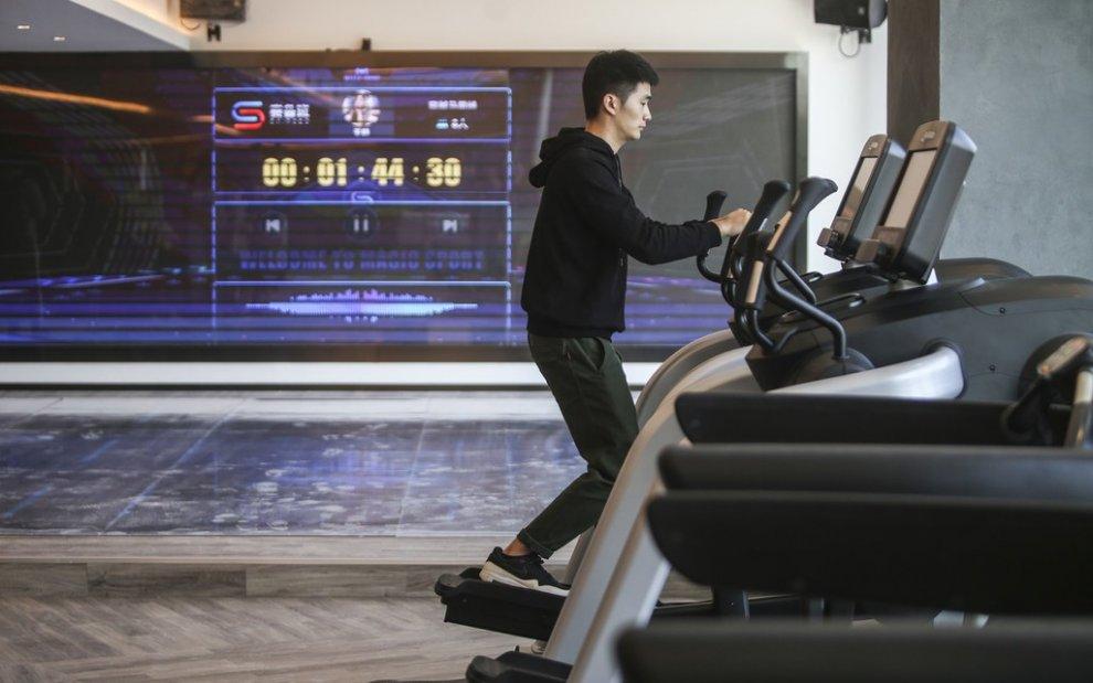 Самый инновационный отель с роботами в Ханчжоу
