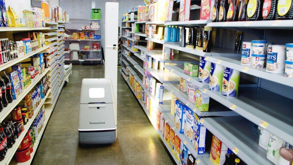 Тысячи роботов выйдут на работу в Walmart