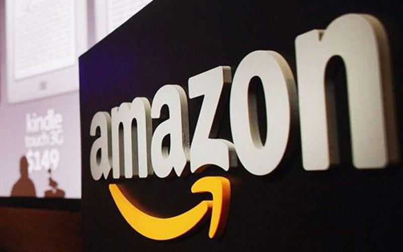 Искусственный интеллект увольняет сотрудников на складах Amazon