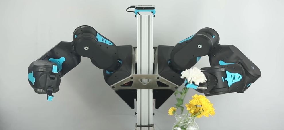 Встречайте Blue — умного робота, который все решает сам!